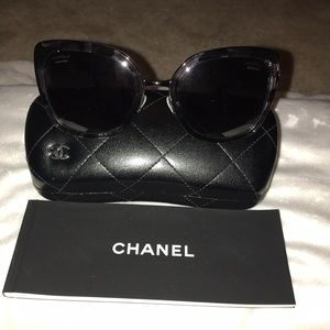 CHANEL- polarized sunglasses- worn once